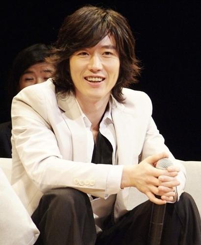 韓国俳優 チャンヒョク